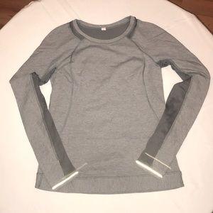 Lululemon athletic shirt size 6